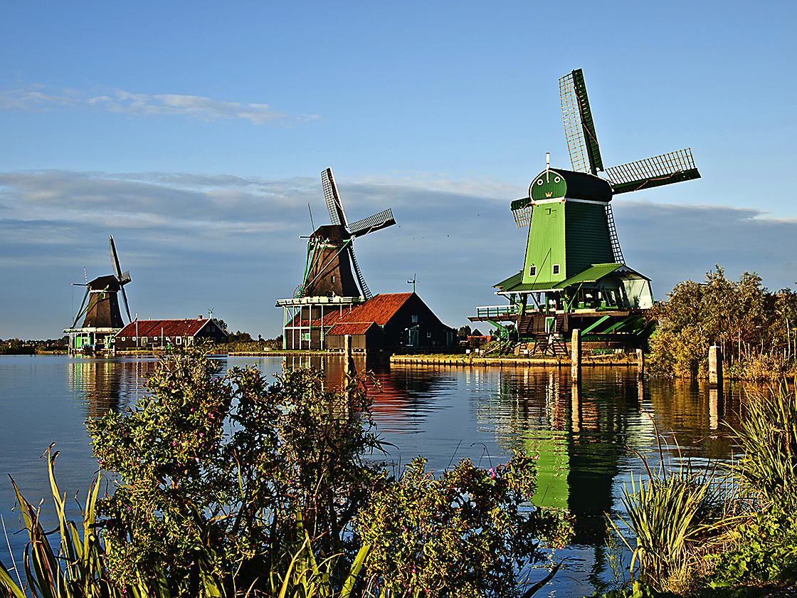 2010_09__9261097_ZaanseSchanz_NetherlandsAB