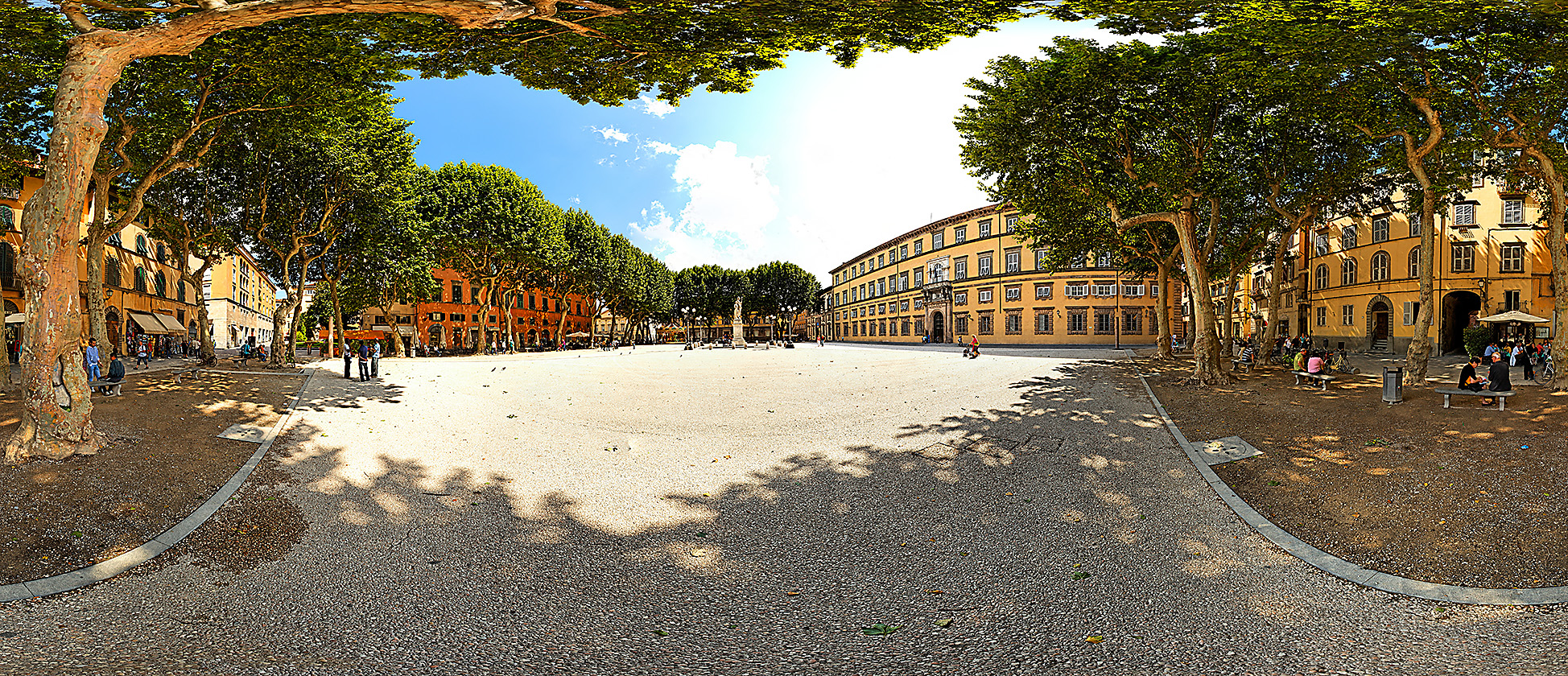 2009_06_PANOS IMG_0613 ITALY_Lucca Pano Piazza Napoleone_PanoramicC