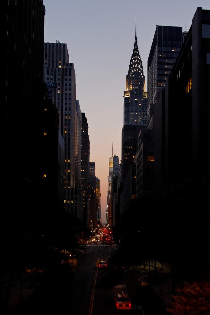 2011_05_31__MG_5013_DxO_NYC_ManhattanHenge