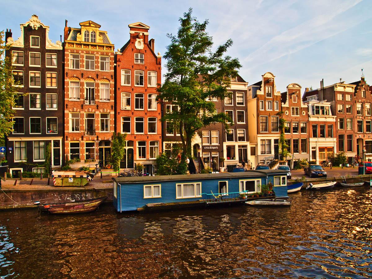 _9220777_Amsterdam.jpg