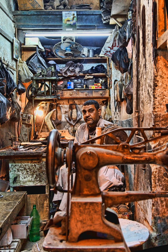 Leather goods maker - Luxor